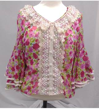 Colos Fashion - Size 12 - Pink Floral - Blouse Top