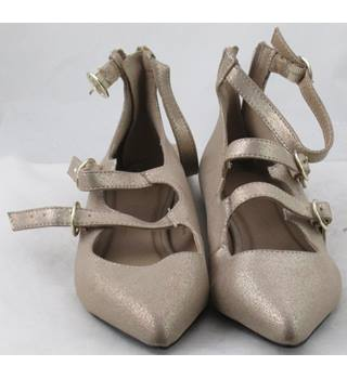 NWOT M&S Collection, size 3 beige glittery strappy pumps