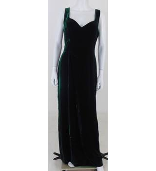Bellville Sassoon Lorcan Mullany Size 14 emerald Velvet Full Length Evening Dress