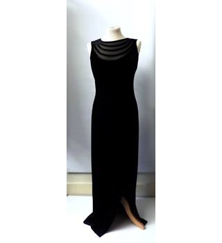GINA BACCONI BLACK VELVET CROSS BACK GOWN