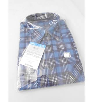 "Modern Casuals -Modern Casuals Size 16"" Collar Blue White and Navy Blue Checked Brushed Cotton Shirt"