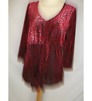 Per Una  Size: 16  Red Long sleeved shirt
