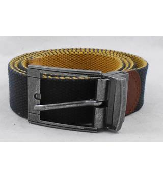In Wear brown leather belt Size L