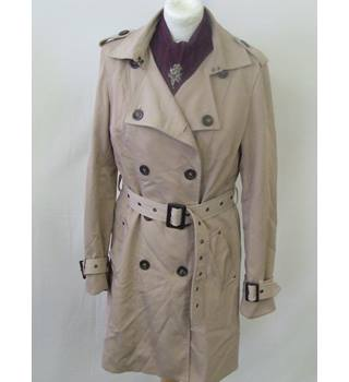 50% OFF SALE Cream Trench coat Warehouse Size 12 Boho Chic Winter Coat Warehouse - Size: 12 - Brown - Raincoat
