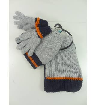 M&S Kids Size 3-6 Years Grey Hat Scarf and Gloves Set