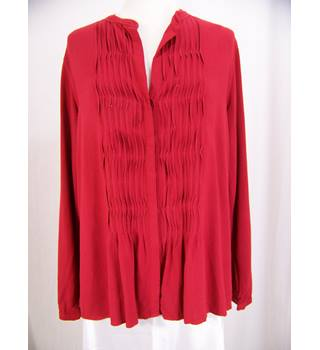East - Size: 14 - Red Long Shirt