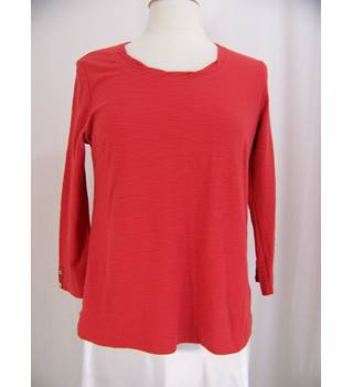 Adini - Red Long Sleeved Top