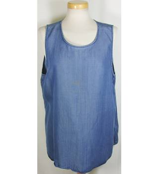 Gap size  extra large denim blue top