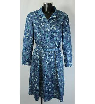 Emily Rose long sleeved dress size 12 blue leaf pattern Emily Rose - Size: 12 - Blue