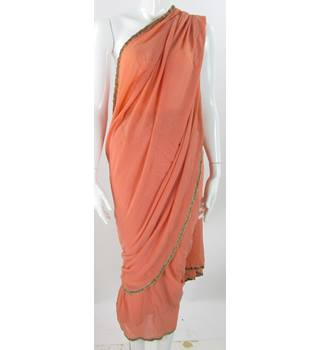 Unbranded - Peach With Gold Trim - Sari