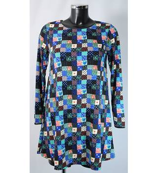 BNWOT Urban Mist Top - Multicolour - Size S (Size 10 approx.) Urban Mist - Size: S - Multi-coloured