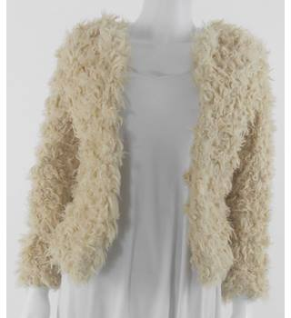 BNWT White Stuff - Size 8 - Cream Coloured Shaggy Faux Lambswool jacket