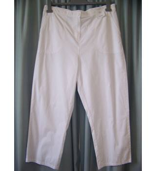 "BNWT M&S Collection Marks & Spencer - Size: 40"" - White - Trousers - Size 20 regular"