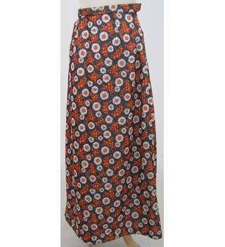 Vintage 70s Unbranded Size:S brown & orange daisy long skirt