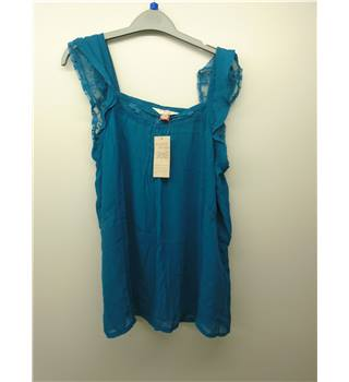 BNWT Farmer Heritage - Size: 14 - Turquoise - Sleeveless top