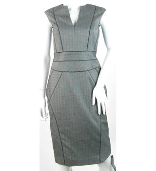 BNWT Jasper Conran - Size: 8 - Black & Pale Grey Herringbone Pattern - Sleeveless Sheath Dress