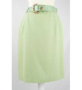 Bianca  size EUR40 / UK8 pale green skirt with star and stud belt
