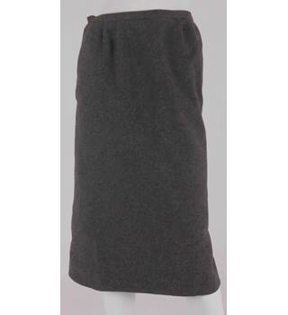 Michael Size 4 Charcoal Grey Straight Skirt