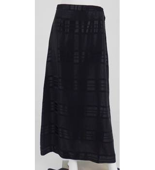 Dusk To Dawn Size 10 Black Patterned A Line Skirt