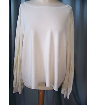 M&S Marks & Spencer - Size: 20 - Cream / ivory - Sweater