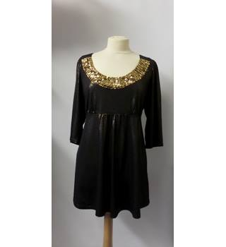 M & CO BROWN & GOLD TUNIC