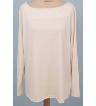 NWOT M&S size 22 ivory white ribbed long sleeved top