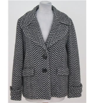 Jaeger size: 10 black & grey herringbone short coat