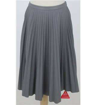BNWT Forever Unique - Size: 10 - Grey - Pleated skirt
