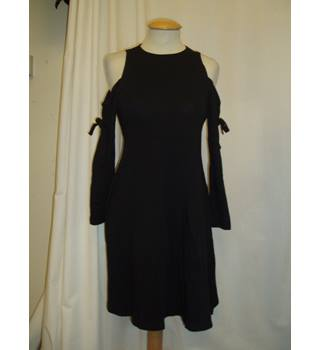 BNWT ASOS Maternity Size 8 Black Stretch jersey cold shoulder Mini dress with long sleeves
