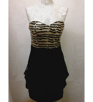 Stunning MAYA Deluxe - Size: 10 - black and  gold strapless, sequin dress