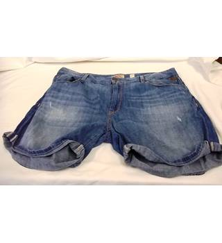 "Replay - Size: 36"" Waist - Blue Shorts"