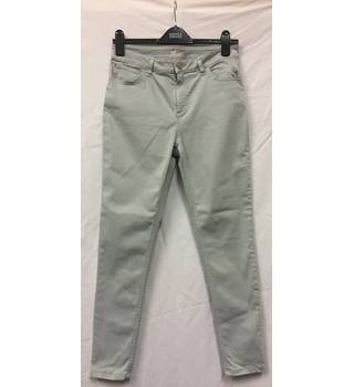 M&S Marks & Spencer - Size: 12 - White - Jeggings / stretch jeans