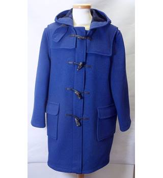 Original Montgomery Size: 40 Blue Long Sleeve Duffle coat