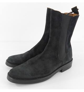 Emma Hope Size 4 Black Suede Ankle Boots