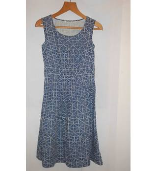 Unbranded size M Blue with Anchor Pattern Knee Length Dress