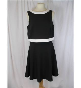 Very size 10 black with white  dress