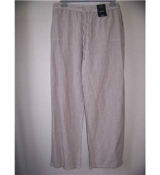 NWOT M&S Collection Size: 18 Beige and White Striped Trousers
