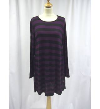 Casamia - Size: M - Purple and Black - Long Line Top