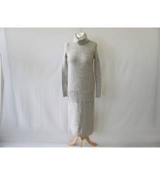 50% OFF SALE M&S Limited Edition Grey Dress Size 8 Knitwear M&S Marks & Spencer - Size: 8 - Grey - Long dress