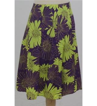 Wallis size: 18 purple/green floral A-line skirt