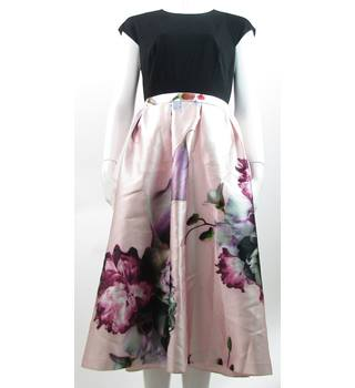 Ted Baker - Size: 10 (ted 3) - Pink Floral Skirt - Knee length dress