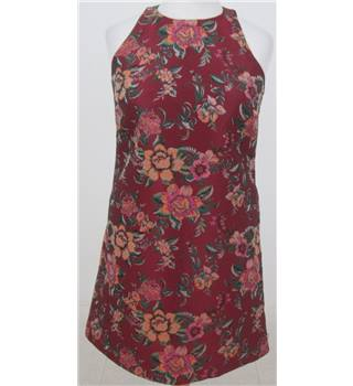 NWOT M&S Size: 12 Red Floral Knee length dress