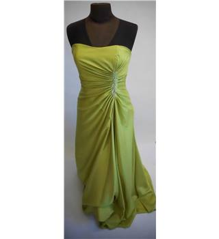 Unbranded size: 14 green evening dress