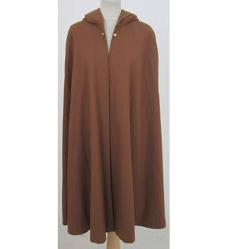 Finished at Last Size:M tan-brown hooded cape