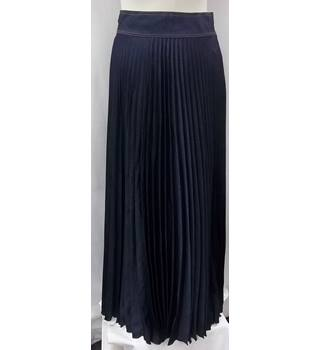 Karen Millen - Size: 10 - Navy Blue - Pleated long skirt