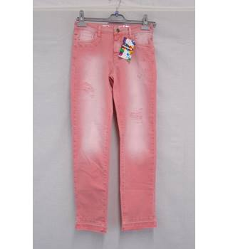Desigual BNWT - Size 8 - Pink Distressed Jeans