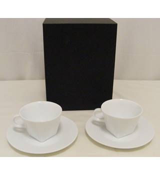 Nespresso Pure Cappuccino Set BNIB (2 cups and saucers)