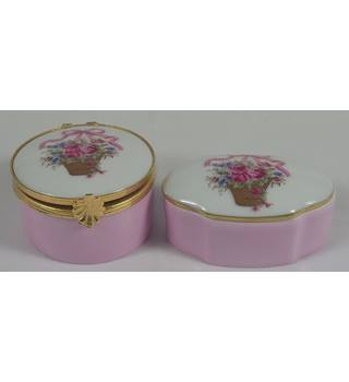 Limoges Pair of Pill boxes - Flower Basket Pattern