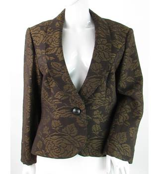 Mandolin - Size: 16 - Black & Gold Rose Design - Suit Jacket