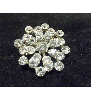 Crystal Diamante Flower Brooch Unbranded - Size: Small - Metallics